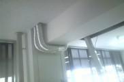 吸気、排気用ダクト配管 配管後造作内に埋設