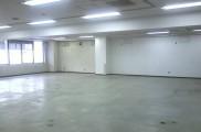 既存 天井・壁面塗装 床面P-タイル