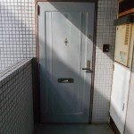 調布市5F Fマンション_玄関ドア施工前